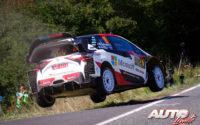 Jari-Matti Latvala, al volante del Toyota Yaris WRC, durante el Rally de Alemania 2019, puntuable para el Campeonato del Mundo de Rallies WRC.