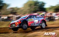 Dani Sordo, al volante del Hyundai i20 Coupé WRC, durante el Rally de España 2019, puntuable para el Campeonato del Mundo de Rallies WRC.