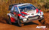 Jari-Matti Latvala, al volante del Toyota Yaris WRC, durante el Rally de España 2019, puntuable para el Campeonato del Mundo de Rallies WRC.