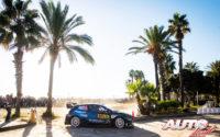 Elfyn Evans, al volante del Ford Fiesta WRC, durante el Rally de España 2019, puntuable para el Campeonato del Mundo de Rallies WRC.