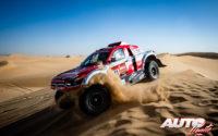 Oscar Fuertes, al volante del SsangYong Korando DKR 4x2, durante el Rally Dakar 2020.