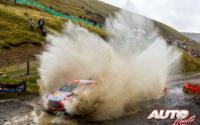 Craig Breen, al volante del Hyundai i20 Coupé WRC, durante el Rally de Gran Bretaña / Gales 2019, puntuable para el Campeonato del Mundo de Rallies WRC.