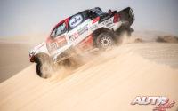 Bernhard Ten Brinke, al volante del Toyota Hilux V8 4x4, durante el Rally Dakar 2020.