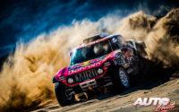 Carlos Sainz, al volante del MINI John Cooper Works Buggy 4x2, vencedor del Rally Dakar 2019.