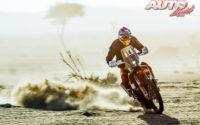 Laia Sanz, a los mandos de su Gas Gas 450 Rally, durante el Rally Dakar 2020.