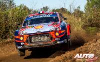 Sébastien Loeb, al volante del Hyundai i20 Coupé WRC, durante el Rally de España 2019, puntuable para el Campeonato del Mundo de Rallies WRC.
