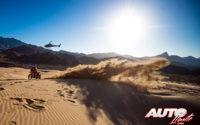 Sam Sunderland, a los mandos de su KTM 450 Rally Replica, durante el Rally Dakar 2020.