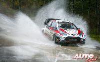 Kalle Rovanperä, al volante del Toyota Yaris WRC, durante el Rally de Suecia 2020, puntuable para el Campeonato del Mundo de Rallies WRC.