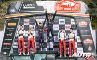 Podio del Rally de Montecarlo 2020, puntuable para el Campeonato del Mundo de Rallies WRC 2020. De izquierda a derecha: Julien Ingrassia y Sébastien Ogier (Toyota), Nicolas Gilsoul con Thierry Neuville (Hyundai) y Elfyn Evans junto a Scott Martin (Toyota).