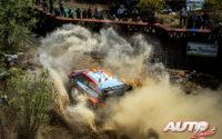 Thierry Neuville, al volante del Hyundai i20 Coupé WRC, durante el Rally de México 2020, puntuable para el Campeonato del Mundo de Rallies WRC.