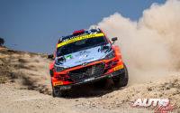 Nikolay Gryazin, al volante del Hyundai NG i20 R5 WRC2, durante el Rally de México 2020, puntuable para el Campeonato del Mundo de Rallies WRC 2.