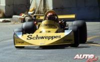 Gilles Villeneuve, al volante del March-Ford 74B de la Fórmula Atlantic, durante el GP de Trois-Rivières de 1974, en donde el piloto canadiense no pudo acabara al sufrir un accidente.