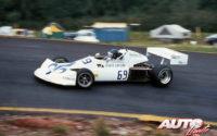 Gilles Villeneuve obtenía la victoria en el circuito de Atlantic Motorsport Park, al volante de un March-Ford 76B de la Fórmula Atlantic en 1976.