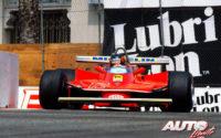 Gilles Villeneuve, al volante del Ferrari 312 T4, obtenía la victoria en el GP de EEUU del Oeste de 1979, disputado en el circuito urbano de Long Beach.
