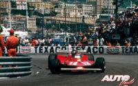Gilles Villeneuve, al volante del Ferrari 312 T4, durante el GP de Mónaco de 1979, disputado en el circuito urbano de Montecarlo.