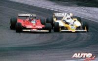 Gilles Villeneuve (Ferrari 312 T4) y René Arnoux (Renault RS10 Turbo) protagonizando uno de los duelos más emocionantes de la Fórmula 1 durante el GP de Francia de 1979, disputado en el circuito de Dijon-Prenois.