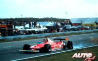 Gilles Villeneuve, al volante del Ferrari 312 T4, durante su última vuelta en el GP de Holanda de 1979, disputado en el circuito de Zandvoort.
