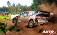 Kalle Rovanperä, al volante del Toyota Yaris WRC, durante el Rally de Estonia 2020, puntuable para el Campeonato del Mundo de Rallies WRC.