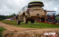 Esapekka Lappi, al volante del Ford Fiesta WRC, durante el Rally de Estonia 2020, puntuable para el Campeonato del Mundo de Rallies WRC.