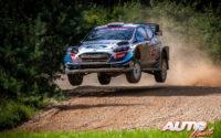 Gus Greensmith, al volante del Ford Fiesta WRC, durante el Rally de Estonia 2020, puntuable para el Campeonato del Mundo de Rallies WRC.
