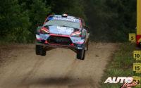 Pierre-Louis Loubet, al volante del Hyundai i20 Coupé WRC, durante el Rally de Estonia 2020, puntuable para el Campeonato del Mundo de Rallies WRC.