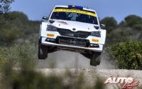 Pontus Tidemand, al volante del Skoda Fabia R5 Evo WRC 2, durante el Rally de Italia / Cerdeña 2020, puntuable para el Campeonato del Mundo de Rallies WRC 2.