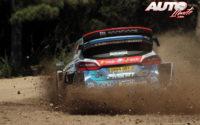 Gus Greensmith, al volante del Ford Fiesta WRC, durante el Rally de Italia / Cerdeña 2020, puntuable para el Campeonato del Mundo de Rallies WRC.