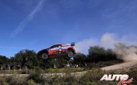 Thierry Neuville, al volante del Hyundai i20 Coupé WRC, durante el Rally de Italia / Cerdeña 2020, puntuable para el Campeonato del Mundo de Rallies WRC.