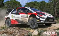 Sébastien Ogier, al volante del Toyota Yaris WRC, durante el Rally de Italia / Cerdeña 2020, puntuable para el Campeonato del Mundo de Rallies WRC.