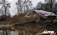 Elfyn Evans, al volante del Toyota Yaris WRC, durante el Rally de Monza 2020, puntuable para el Campeonato del Mundo de Rallies WRC.