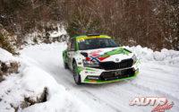 Andreas Mikkelsen, al volante del Skoda Fabia Rally2 Evo, obtenía la victoria de la categoría WRC 2 en el Rally de Montecarlo 2021, puntuable para el Campeonato del Mundo de Rallies WRC 2.