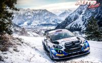 Gus Greensmith, al volante del Ford Fiesta WRC, durante el Rally de Montecarlo 2021, puntuable para el Campeonato del Mundo de Rallies WRC.