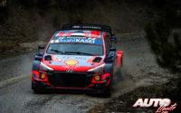 Ott Tänak, al volante del Hyundai i20 Coupé WRC, durante el Rally de Montecarlo 2021, puntuable para el Campeonato del Mundo de Rallies WRC.
