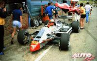 Gilles Villeneuve, al volante del Ferrari 126 C2, durante el GP de Sudáfrica 1982, disputado en el circuito de Kyalami.
