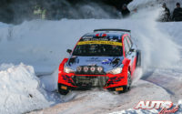 Ole Christian Veiby, al volante del Hyundai NG i20 Rally 2, durante el Rally Ártico de Finlandia 2021, puntuable para el Campeonato del Mundo de Rallies WRC 2.