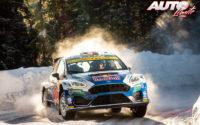 Adrien Fourmaux, al volante del Ford Fiesta MkII Rally 2, durante el Rally Ártico de Finlandia 2021, puntuable para el Campeonato del Mundo de Rallies WRC 2.