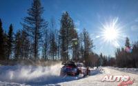 Pierre-Louis Loubet, al volante del Hyundai i20 Coupé WRC, durante el Rally Ártico de Finlandia 2021, puntuable para el Campeonato del Mundo de Rallies WRC.