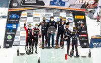 Podio del Rally Ártico de Finlandia 2021, puntuable para el Campeonato del Mundo de Rallies WRC 2021. De izquierda a derecha: Jonne Halttunen y Kalle Rovanperä (Toyota), Martin Järveoja con Scott Noh (Presidente de Hyundai Motorsport) y Ott Tänak (Hyundai) y Thierry Neuville junto a Martijn Wydaeghe (Hyundai).