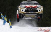 Mads Ostberg, al volante del Citroën DS3 WRC, durante el Rally de Suecia 2015, puntuable para el Campeonato del Mundo de Rallies WRC.