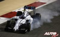 Valtteri Bottas, al volante del Williams-Mercedes FW37, durante el GP de Bahréin 2015 de Fórmula 1, disputado en el Circuito de Sakhir.