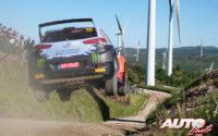 Oliver Solberg, al volante del Hyundai NG i20 Rally2 WRC 2, durante el Rally de Portugal 2021, puntuable para el Campeonato del Mundo de Rallies WRC 2.