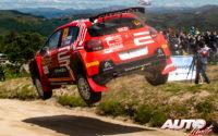 Mads Ostberg, al volante del Citroën C3 Rally2 WRC 2, durante el Rally de Portugal 2021, puntuable para el Campeonato del Mundo de Rallies WRC 2.