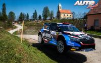 Kajetan Kajetanowicz, al volante del Skoda Fabia Rally2 Evo, obtenía la victoria de la categoría WRC 3 en el Rally de Croacia 2021, puntuable para el Campeonato del Mundo de Rallies WRC 3.