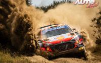 Thierry Neuville, al volante del Hyundai i20 Coupé WRC, durante el Rally Safari de Kenia 2021, puntuable para el Campeonato del Mundo de Rallies WRC.