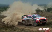 Ott Tänak, al volante del Hyundai i20 Coupé WRC, durante el Rally Safari de Kenia 2021, puntuable para el Campeonato del Mundo de Rallies WRC.