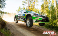 Andreas Mikkelsen, al volante del Skoda Fabia Rally2 Evo WRC 2, durante el Rally de Estonia 2021, puntuable para el Campeonato del Mundo de Rallies WRC 2.