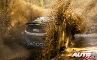 Adrien Fourmaux, al volante del Ford Fiesta MkII Rally 2 WRC 2, durante el Rally de Italia / Cerdeña 2021, puntuable para el Campeonato del Mundo de Rallies WRC 2.