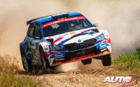 Fabrizio Zaldivar, al volante del Skoda Fabia Rally2 Evo WRC 3, durante el Rally de Estonia 2021, puntuable para el Campeonato del Mundo de Rallies WRC 3.