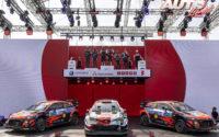 Kalle Rovanperä (Toyota), Craig Breen (Hyundai) y Thierry Neuville (Hyundai) ocupaban los tres puestos del podio en el Rally de Estonia 2021, puntuable para el Campeonato del Mundo de Rallies WRC.