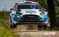 Gus Greensmith, al volante del Ford Fiesta WRC, durante el Rally de Bélgica 2021, puntuable para el Campeonato del Mundo de Rallies WRC.